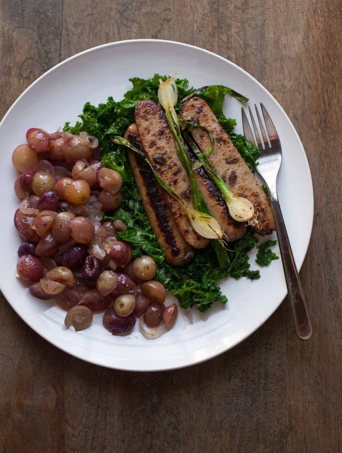 chicken apple sausage kale roasted grapes 1