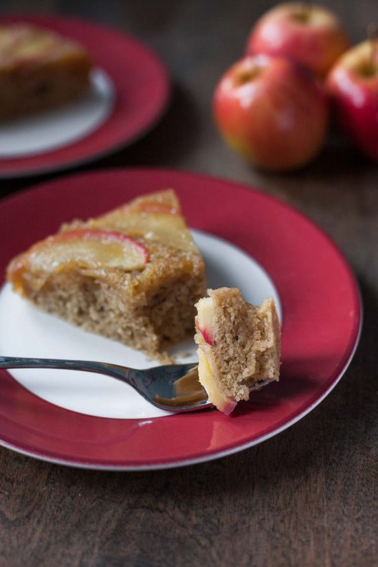 20 Unique Gluten-free Thanksgiving Desserts: Apple Honey Upside-Down Cake