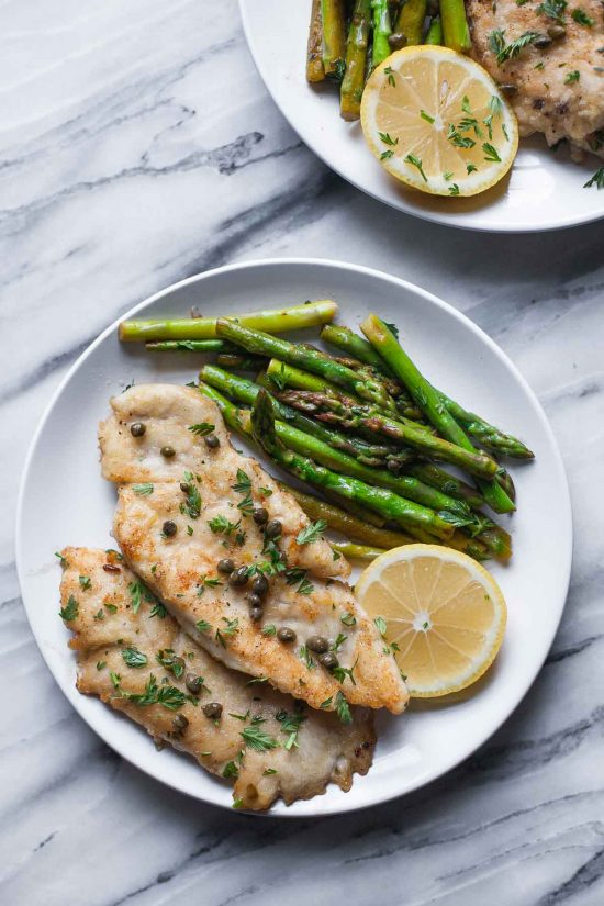 Top 16 Paleo Recipes of 2016: Paleo Chicken Piccata with Asparagus