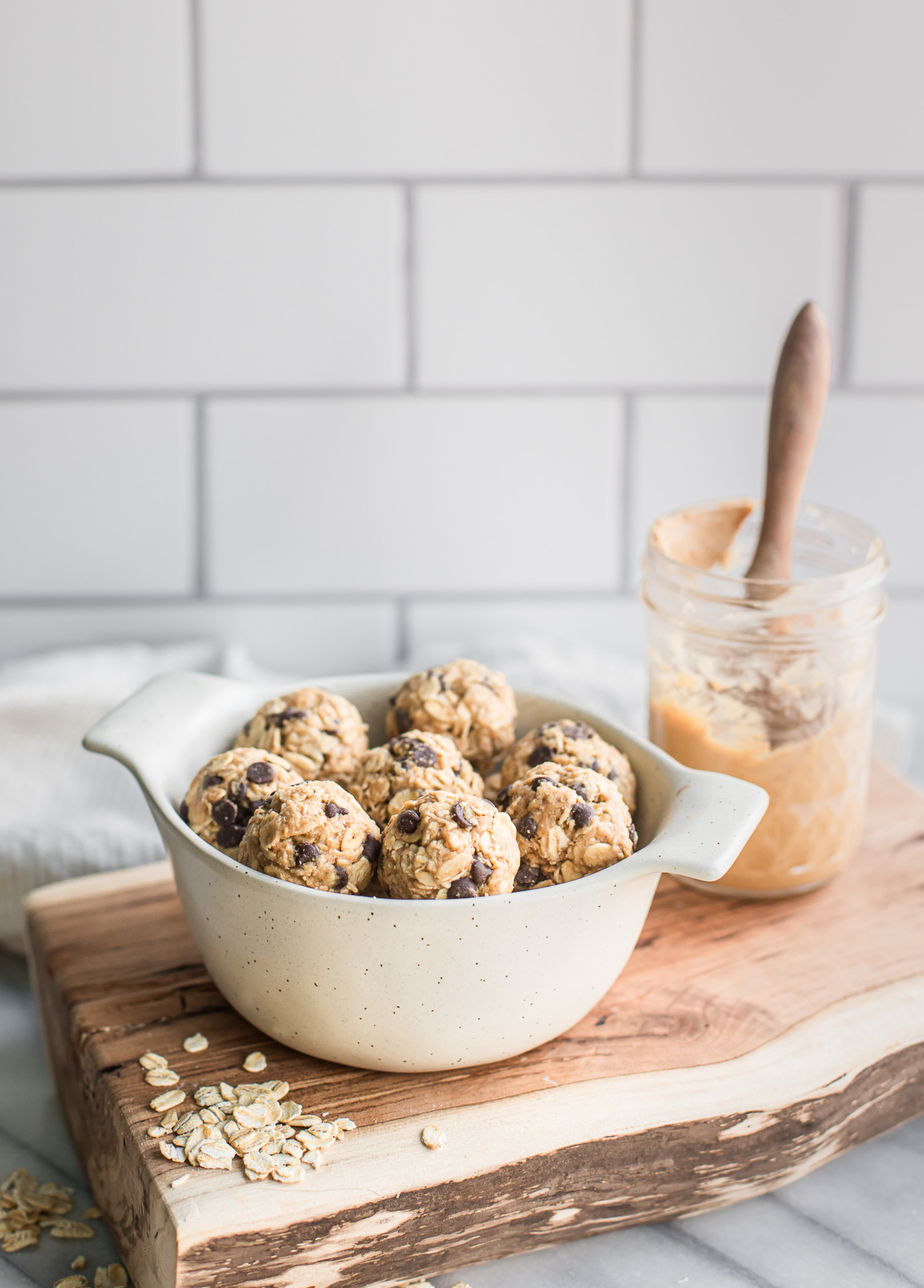 Oatmeal Cookie Energy Bites (Gluten free, Dairy free)